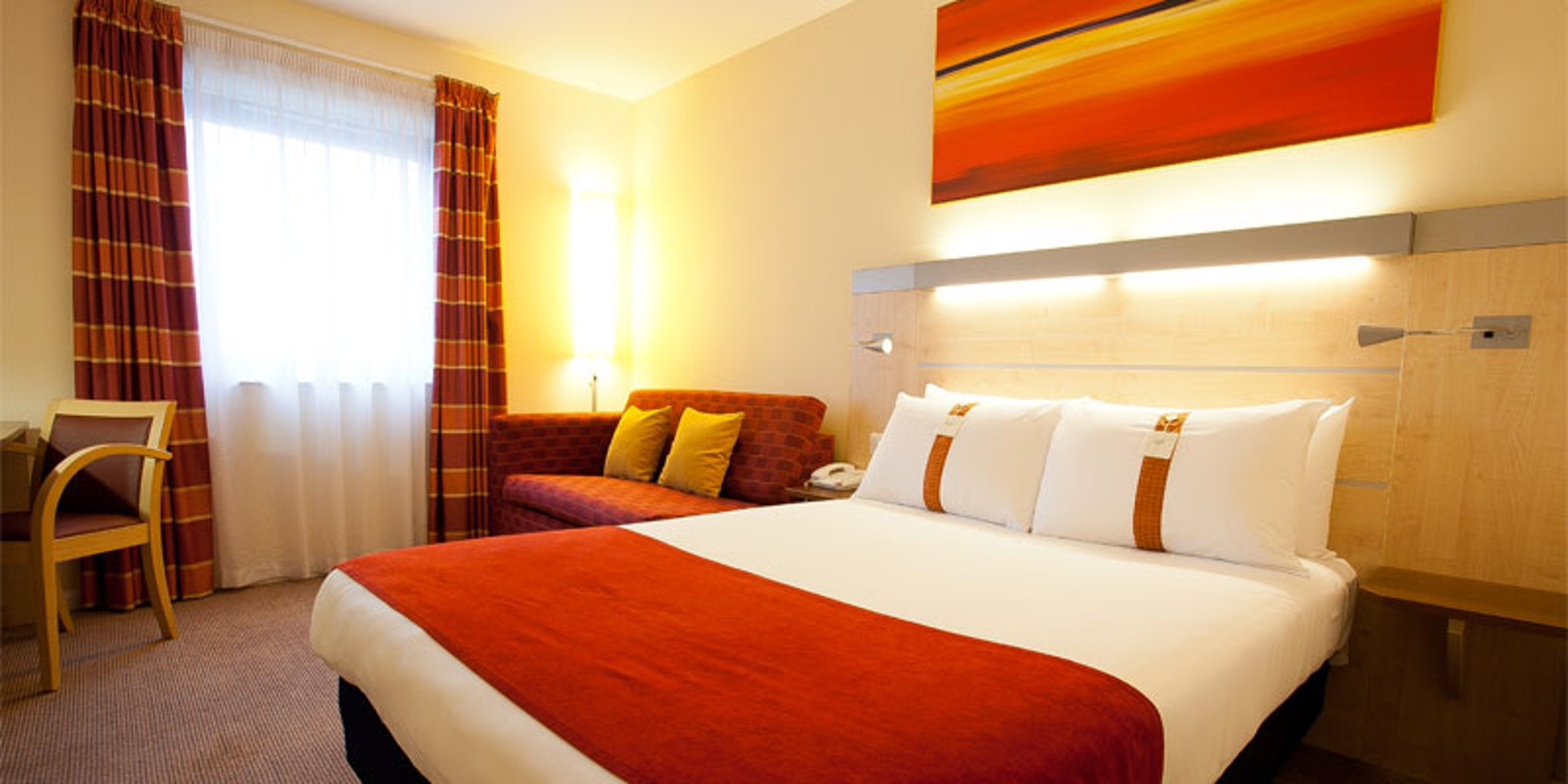 Holiday Inn Express, Slough near LEGOLAND Windsor Resort