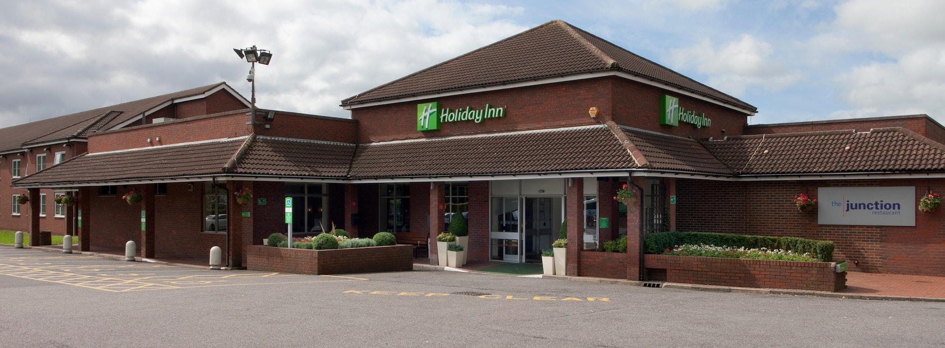 Holiday Inn High Wycombe with LEGOLAND<sup>®</sup> Holidays