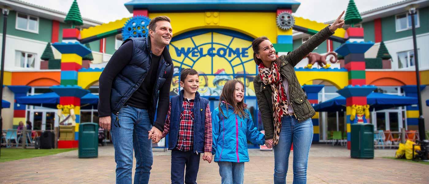 Family Christmas at LEGOLAND Windsor Resort